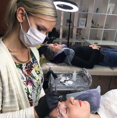 Процесс обучения микроблейдинг бровей СПБ, татуаж бровей, пудовые брови